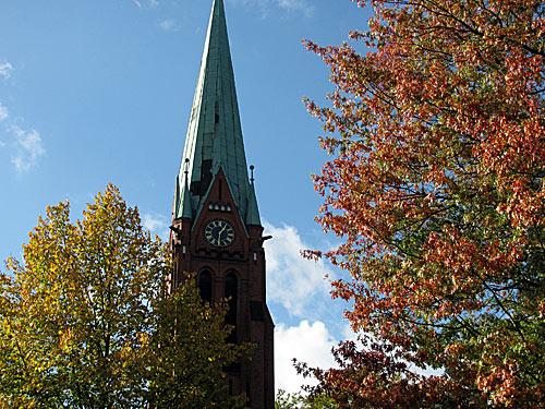 Reinbek Kirche Herbst