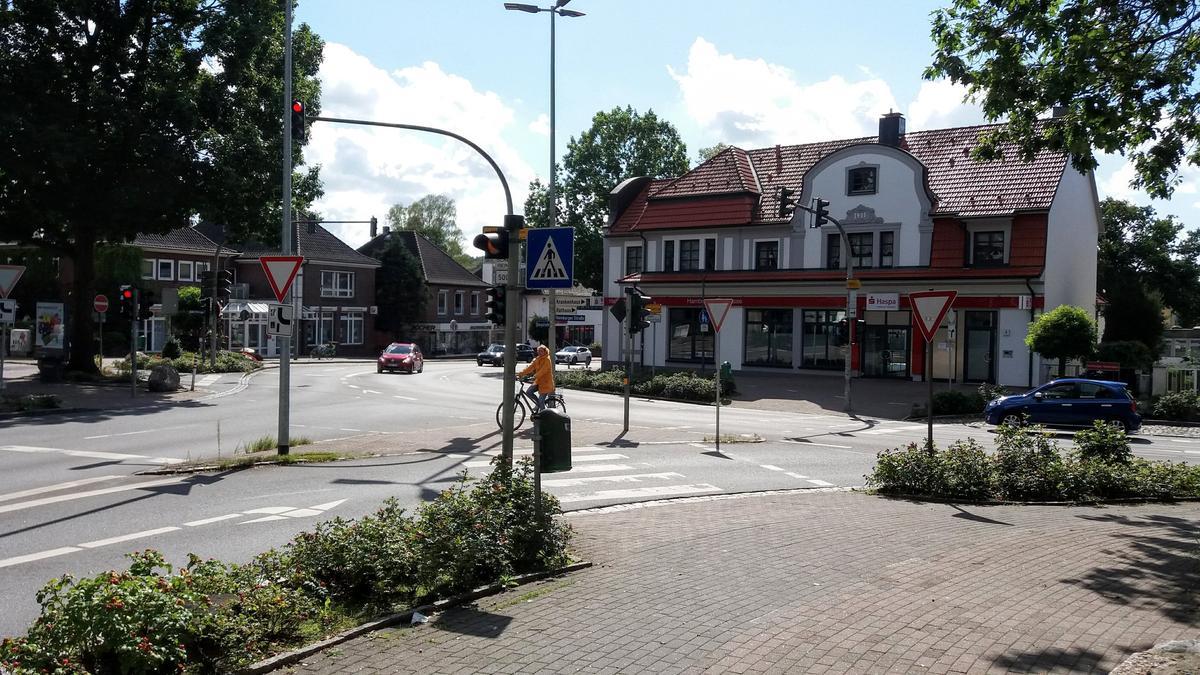 Reinbek Landhausplatz - Ecke Bergstraße, Bahnhofstraße und Hamburger Straße