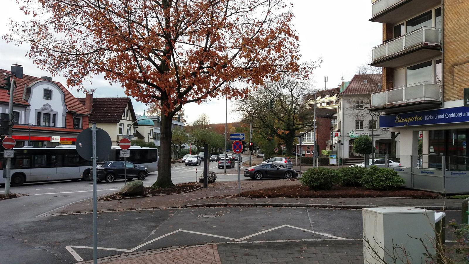 Reinbek Landhausplatz im Herbst
